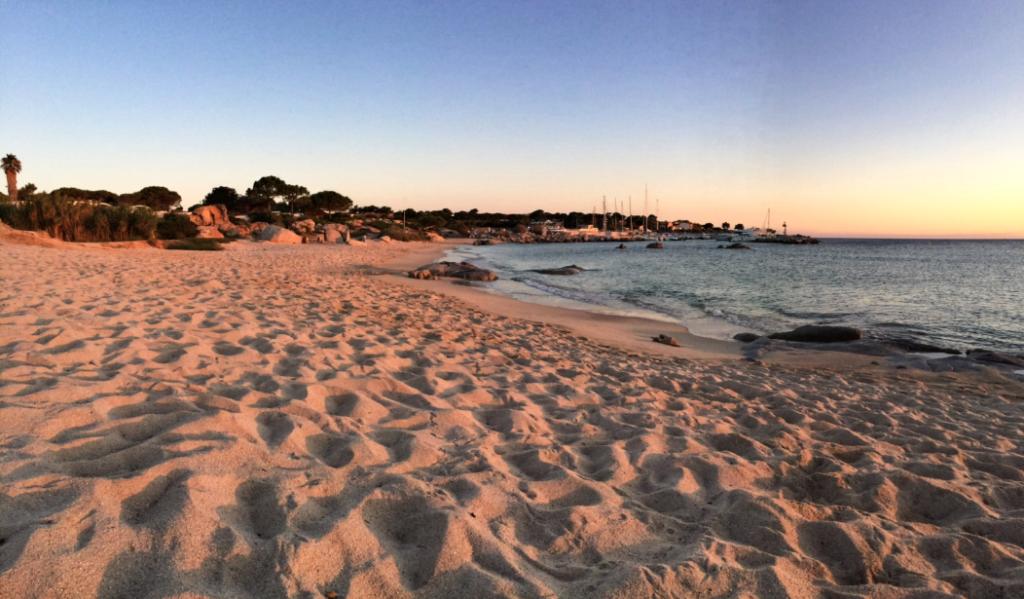 La plage de la marine de Sant'Ambroggio